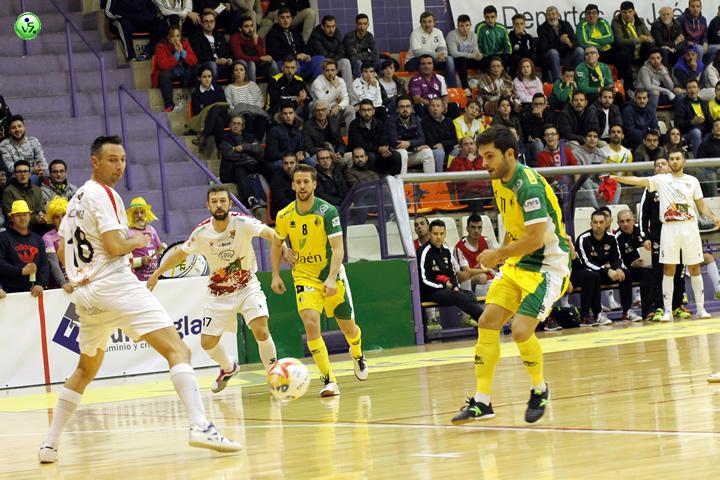 Jaen a semifinales tras eliminar al Segovia
