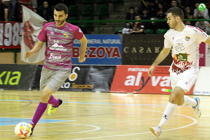 Meritoria victoria de Segovia ante Palma