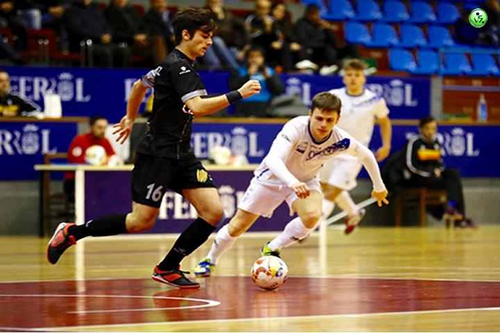Catgas vence en Ferrol a Oparrulo