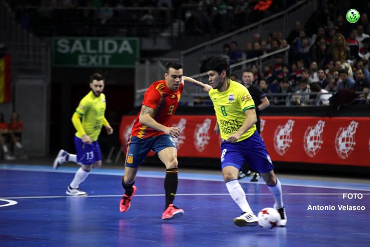 España no puede con Brasil